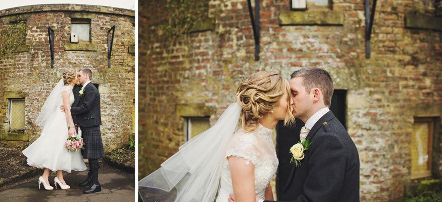 house for an art lover wedding photos