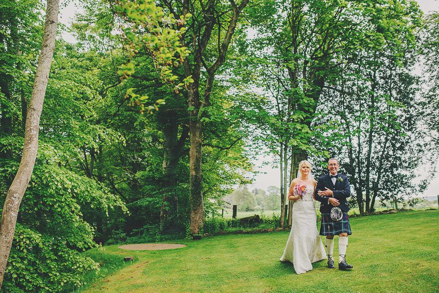 natural wedding photographer aberdeen