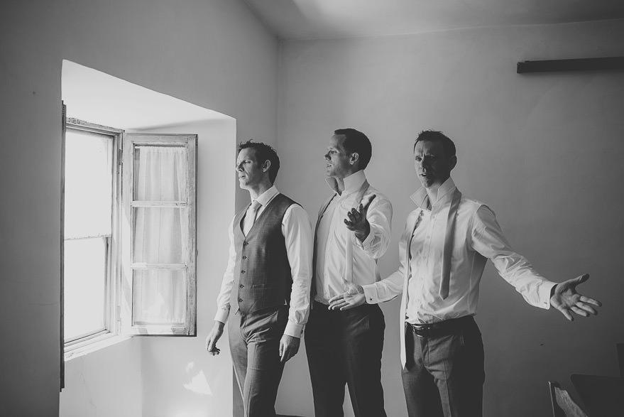groom getting ready borgo di tragliata rome