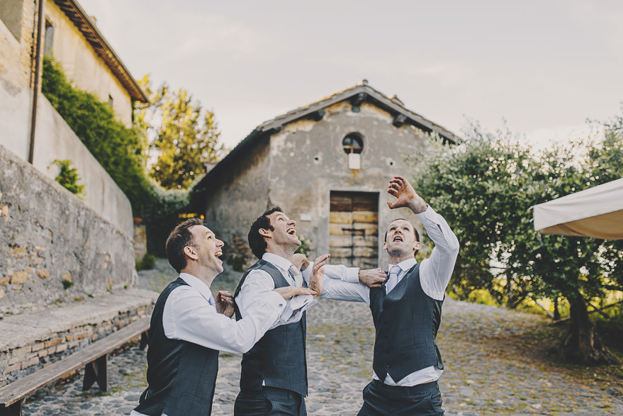 natural wedding photographers italy