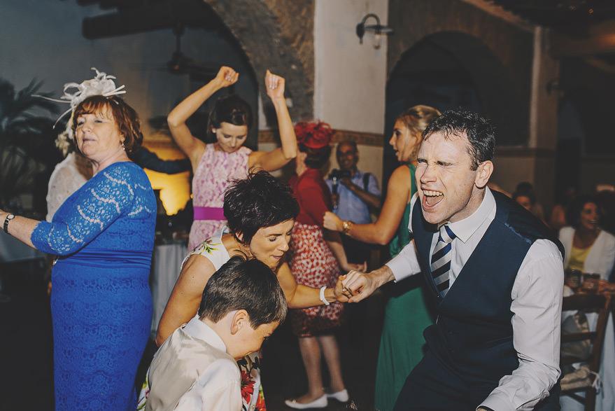 guests dancing in borgo di tragliata