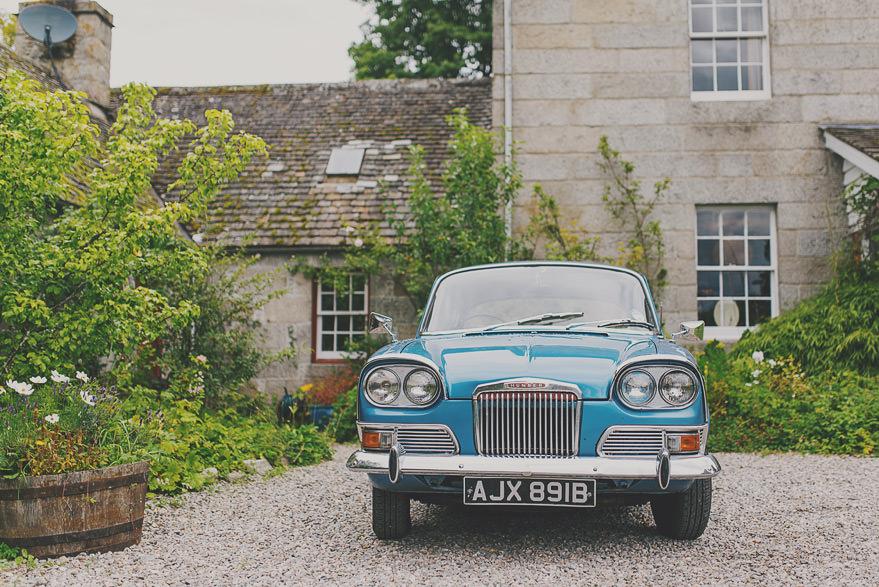 old wedding car in scotland
