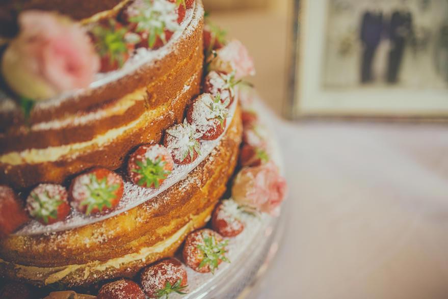 wedding cake in oban