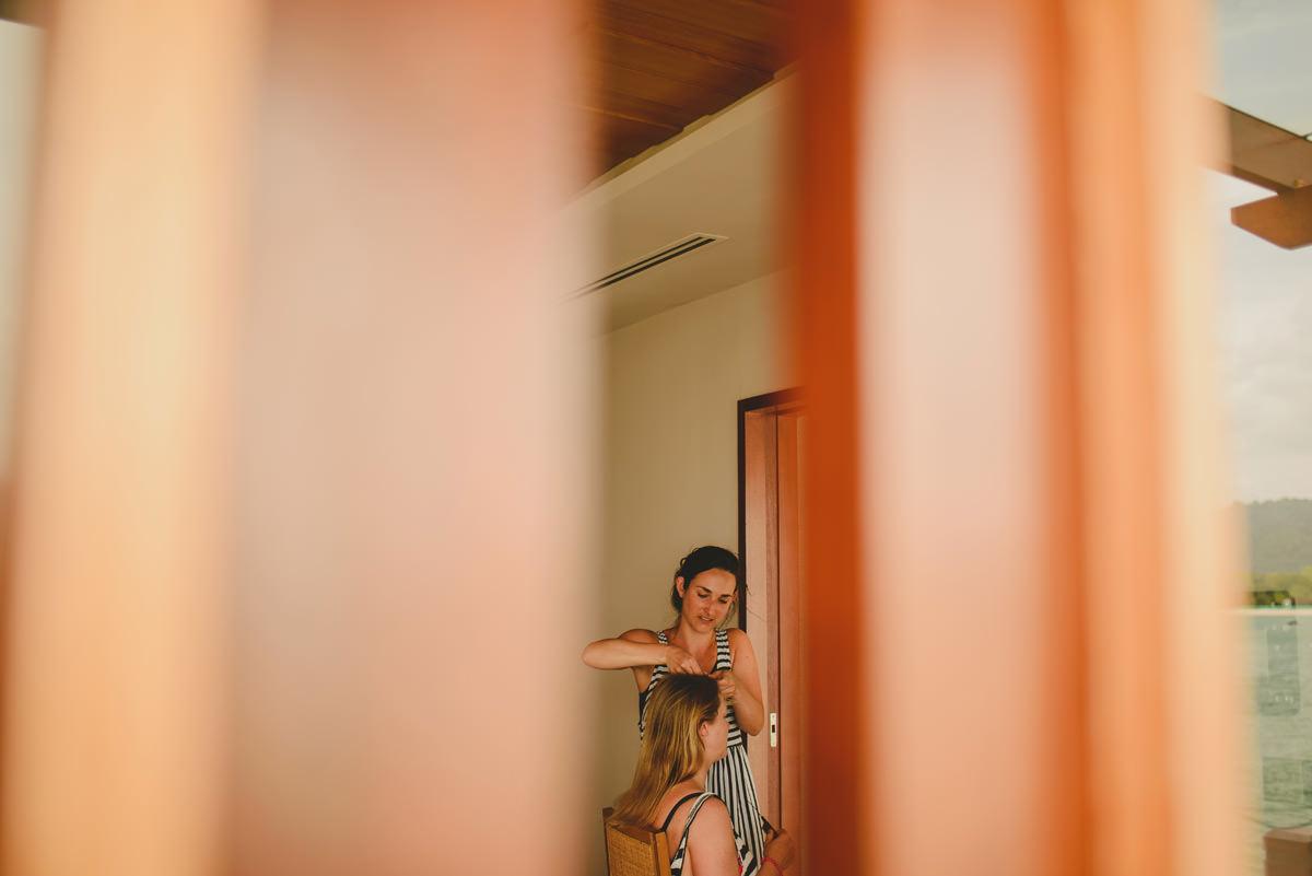 bride getting ready berjaya