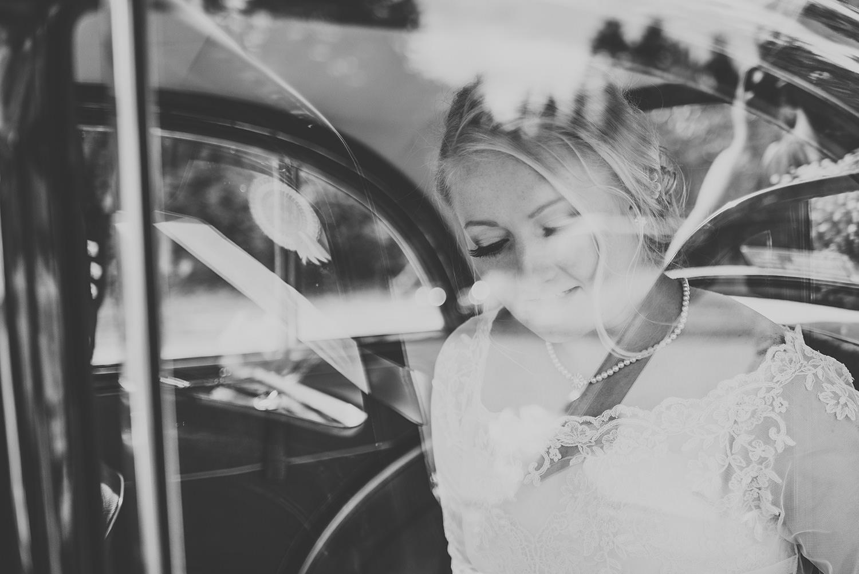 bride arriving at glen tanar