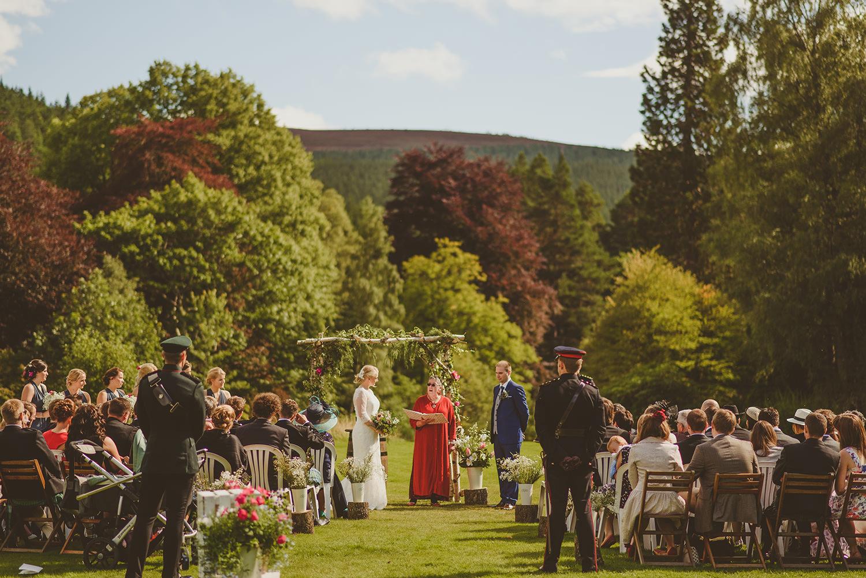 outdoor wedding venue scotland
