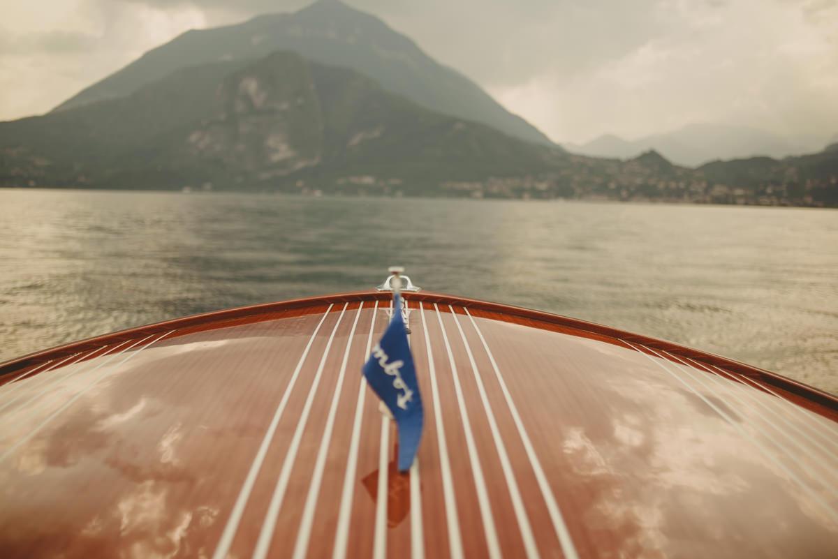 colombo boat lake como
