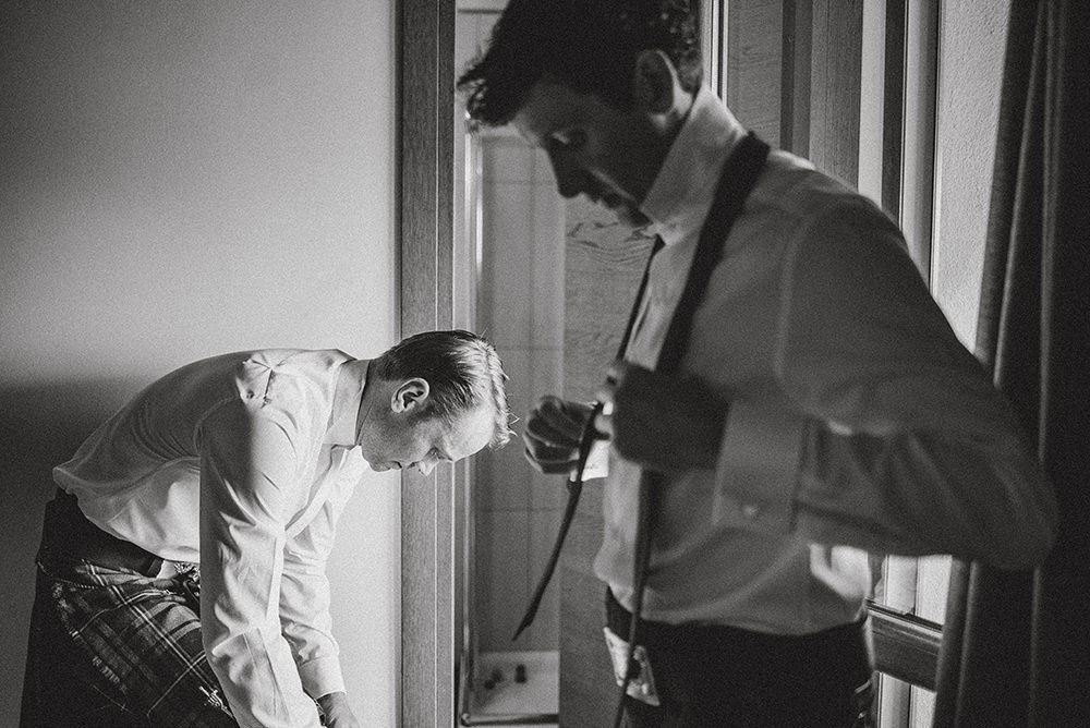 groom preparations wedding in italy
