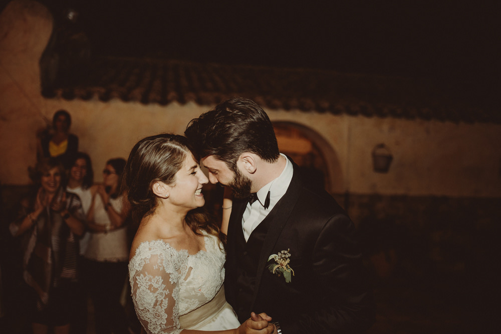 first dance at the wedding in sardinia