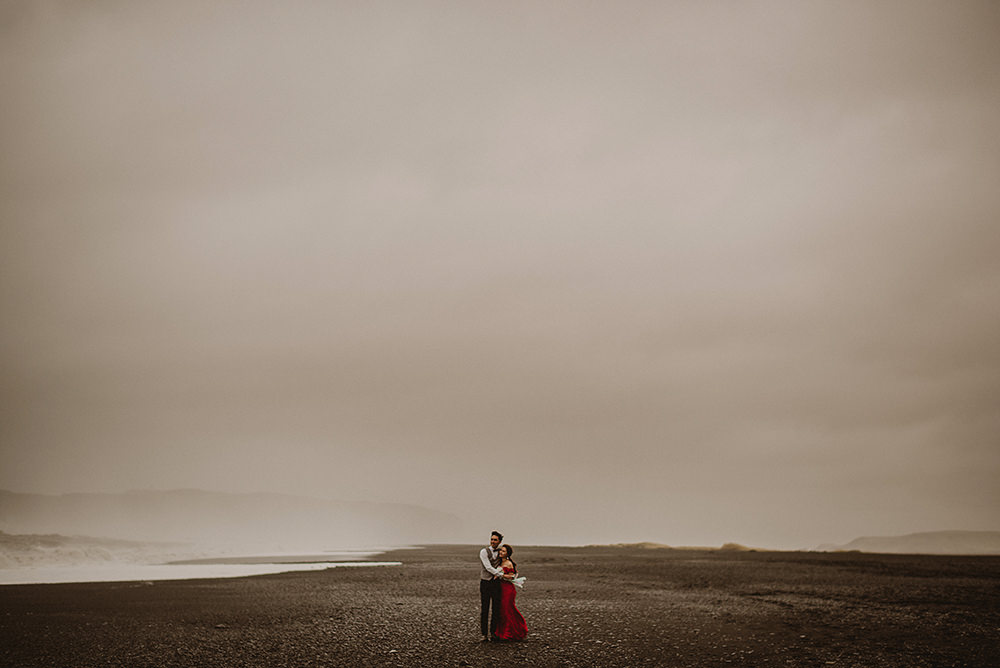 Reynisfjara wedding iceland