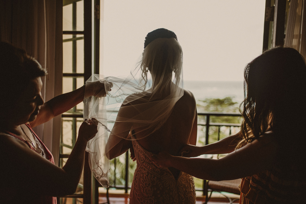 bridal preparations before the wedding in jamaica