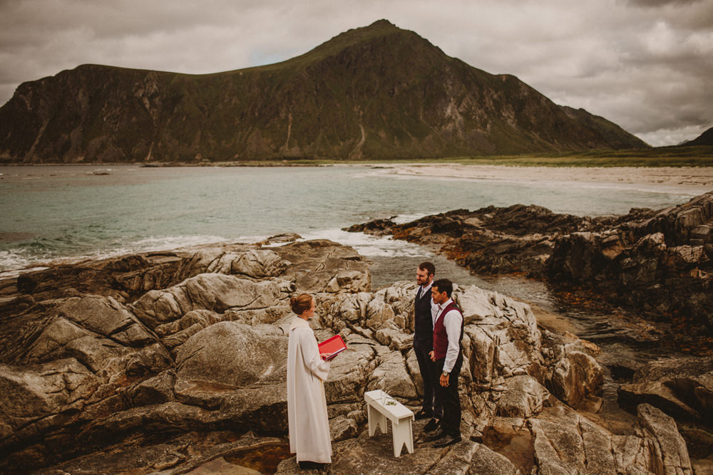 beach wedding in norway