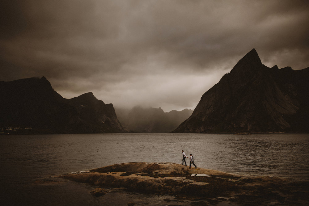elopement in Lofoten