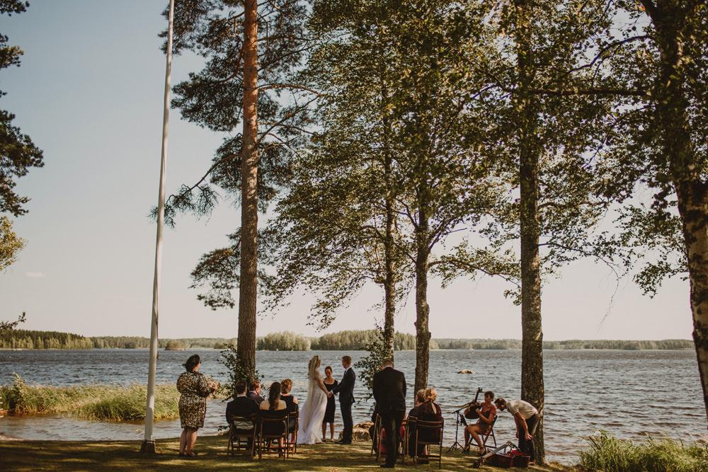 cabin wedding in finland